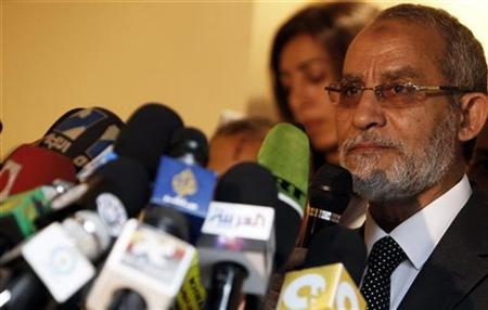 Mohamed Badie, the leader of the Muslim Brotherhood, talks during a news conference in Cairo November 30, 2010. REUTERS/Amr Abdallah Dalsh