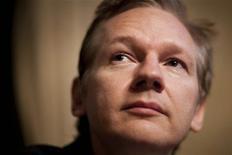 <p>Julian Assange, fundador do WikiLeaks, é visto durante coletiva de imprensa em Genebra, 4 de novembro de 2010. REUTERS/Valentin Flauraud</p>