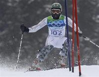 <p>Ghana's Kwame Nkrumah-Acheampong clears a gate during the first run of the men's alpine skiing slalom event at the Vancouver 2010 Winter Olympics in Whistler, British Columbia, February 27, 2010. REUTERS/Mike Segar</p>