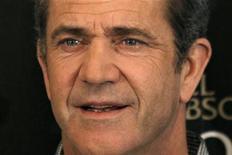 """<p>Foto de archivo del actor Mel Gibson posando durante la promoción del filme """"Edge of Darkness"""" en París. Feb 4, 2010. REUTERS/Charles Platiau</p>"""