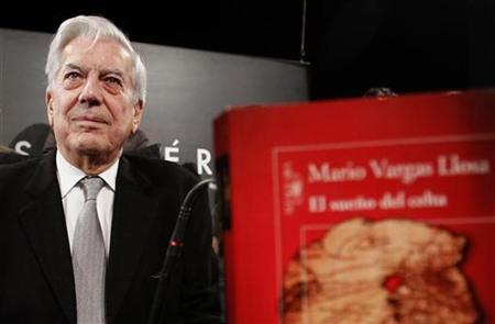 Mario Vargas Llosa, winner of the 2010 Nobel Prize in Literature, attends a news conference presenting his latest novel ''The Dream of the Celt'' in Madrid November 3, 2010. REUTERS/Andrea Comas