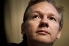 <p>Foto de arquivo do fundador do WikiLeaks Julian Assange numa entrevista coletiva em Genebra, em novembro deste ano. REUTERS/Valentin Flauraud</p>