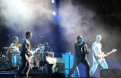 <p>Irish rock band U2 perform during their 360 Degree Tour at the La Cartuja stadium in the Andalusian capital of Seville September 30, 2010. REUTERS/Marcelo del Pozo</p>