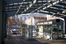 <p>Контрольно-пропускной пункт на границе Германии и Польши в Франкфурте-на-Одере 29 декабря 2007 года. Германия и Франция намерены блокировать вступление в Шенгенскую зону Румынии и Болгарии, так как те недостаточно борются с коррупцией и организованной преступностью. REUTERS/Pawel Kopczynski</p>