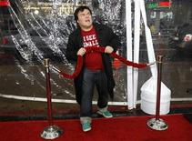 """<p>Cast member Jack Black poses at the premiere of """"Gulliver's Travels"""" at the Grauman's Chinese theatre in Hollywood, California December 18, 2010. The movie opens in the U.S. on December 25. REUTERS/Mario Anzuoni</p>"""