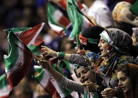 Iran's supporters shout during the FIVB Men's Volleyball World Championship first round match between Iran and Italy in Milan September 27, 2010. REUTERS/Alessandro Garofalo