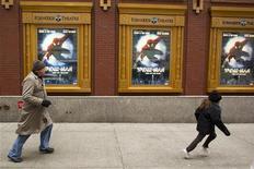 """<p>O musical """"Homem-Aranha"""", de 65 milhões de dólares, já teve quatro casos de ferimento de atores. 23/12/10 REUTERS/Lucas Jackson</p>"""
