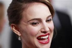 <p>Imagen de archivo de la actriz Natalie Portman en un evento en Nueva York. nov 29 2010. La actriz Natalie Portman se comprometió con un bailarín y coreógrafo de ballet y espera su primer hijo, reportó el lunes la revista People. REUTERS/Lucas Jackson/Archivo</p>