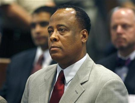 Conrad Murray, the late Michael Jackson's personal physician, sits in court during his arraignment at the Los Angeles Superior Court Airport Branch Courthouse February 8, 2010 on one count of involuntary manslaughter in Jackson's death. REUTERS/Mark Boster/Pool