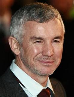 Australian director Baz Luhrmann arrives for the British premiere of 'Australia' at Leicester Square in central London December 10, 2008. REUTERS/Andrew Parsons