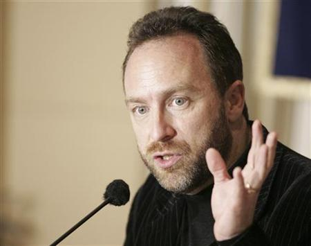 Wikipedia founder Jimmy Wales during a news conference in Tokyo, March 8, 2007. REUTERS/Michael Caronna