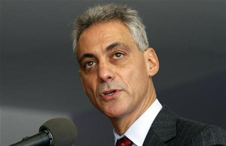 Former White House Chief of Staff and Chicago mayoral hopeful Rahm Emanuel answers questions during a news conference with members of the gay and lesbian community in Chicago January 28, 2011. REUTERS/Frank Polich