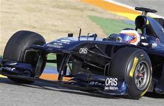 <p>Rubens Barrichello durante sessão de treino no circuito de Ricardo Tormo em Cheste, próximo de Valência, no começo de fevereiro. O veterano da Williams, foi o mais rápido no último dia da pré-temporada da Fórmula 1 no circuito de Jerez no domingo. 01/02/2011 REUTERS/Heino Kalis/Arquivo</p>
