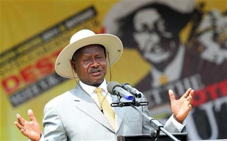 Uganda's President Yoweri Museveni addresses a campaign rally at the Makerere university Freedom Square in the capital Kampala, February 14, 2011. REUTERS/James Akena