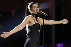 <p>Singer Nelly Furtado performs at the 11th annual Latin Grammy Awards in Las Vegas, Nevada November 11, 2010. REUTERS/Mario Anzuoni</p>