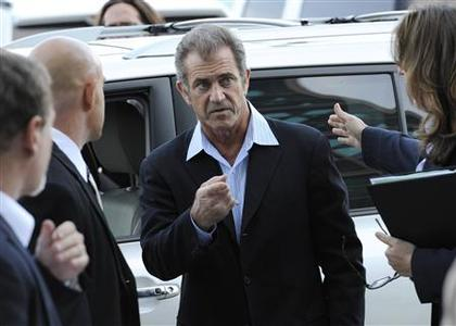 Actor Mel Gibson arrives at the Airport Branch Courthouse in Los Angeles March 11, 2011. REUTERS/Phil McCarten