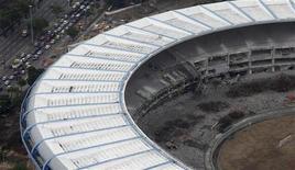 <p>Foto aérea do Maracanã, que está em obras para a Copa do Mundo de 2014 e os Jogos Olímpicos de 2016. 03/03/2011 REUTERS/Ricardo Moraes</p>