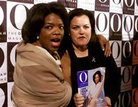 "<p>Television personalities Oprah Winfrey and Rosie O'Donnell pose at the launch party for ""O, The Oprah Magazine"" in New York in this April 17, 2000 file photo. REUTERS/Stringer</p>"