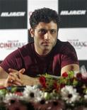 """<p>O ator de Bollywood Shiney Ahuja antes de coletiva de imprensa que promovia seu filme """"Hijack"""", em Ahmedabad, na Índia. Ahuja foi condenado nesta quarta-feira a sete anos de prisão pelo estupro de sua empregada doméstica, segundo informou o advogado dele. Foto de Arquivo. 1/09/2008 REUTERS/Amit Dave.</p>"""
