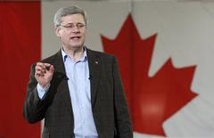 <p>Conservative leader and Canada's Prime Minister Stephen Harper speaks during a campaign rally in Guelph, Ontario April 4, 2011. REUTERS/Chris Wattie</p>
