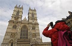<p>Deux semaines avant la date fatidique, Kate Middleton a assisté vendredi à la répétition générale de son mariage à l'abbaye de Westminster avec le prince ... Harry, frère cadet de son fiancé. /Photo prise le 15 avril 2011/REUTERS/Luke MacGregor</p>