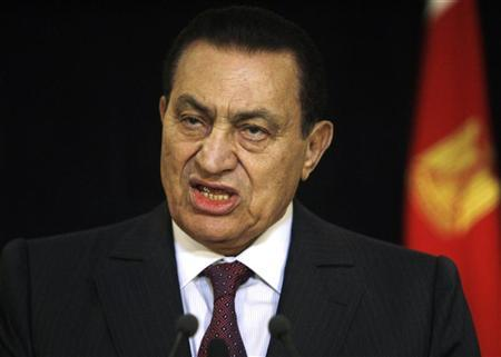 Ousted Egyptian President Hosni Mubarak speaks during a news conference with Israel's Prime Minister Benjamin Netanyahu (not pictured) in the Red Sea resort of Sharm el-Sheikh May 11, 2009. REUTERS/Amr Abdallah Dalsh