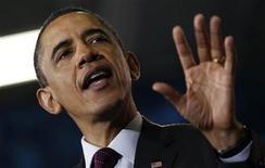 <p>Presidente dos Estados Unidos, Barack Obama, fala em faculdade da Virgínia, em 19 de abril de 2011. Obama começou uma viagem à costa oeste dos EUA para recapturar a mágica de sua campanha eleitoral de 2008. 19/04/2011 REUTERS/Jim Young</p>