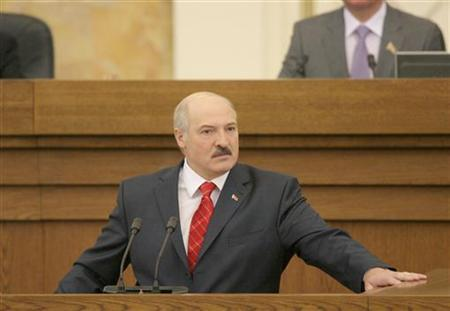 Belarussian President Alexander Lukashenko addresses the Parliament during an annual state of the nation speech in Minsk, April 21, 2011. REUTERS/BelTA/Handout/Gennady Semyonov