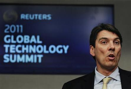Tim Armstrong, AOL Chairman and Chief Executive Officer, speaks during the Reuters Global Technology Summit in New York, May 16, 2011. REUTERS/Brendan McDermid