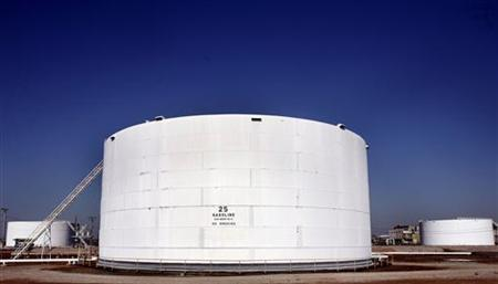 A gasoline silo at a refinery in New Jersey, in a file photo. REUTERS/Shannon Stapleton