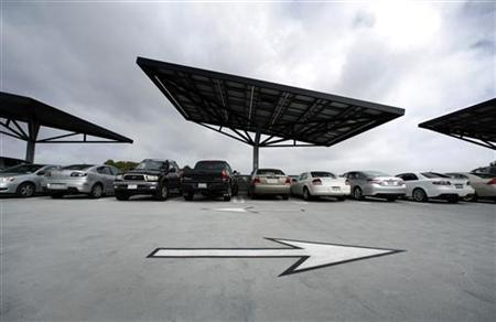 A parking structure at the University of California San Diego uses innovative ''solar trees'' to collect renewable energy from the Sun February 8, 2011. REUTERS/Mike Blake