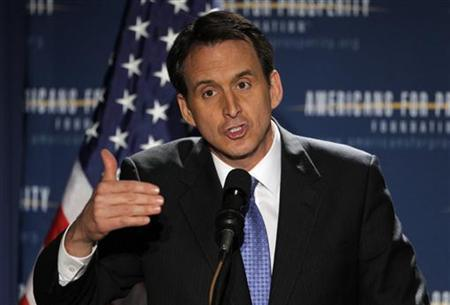 Former Minnesota Governor and likely Republican Presidential candidate Tim Pawlenty speaks at the Americans for Prosperity Foundation's ''Presidential Summit on Spending and Job Creation'' in Manchester, New Hampshire April 29, 2011. REUTERS/Brian Snyder
