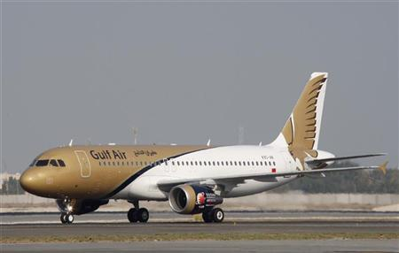 An Airbus 320 arrives at Bahrain International Airport in Manama October 11, 2009.REUTERS/Hamad I Mohammed