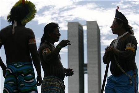 Native Brazilians from the Amazon basin demonstrate against the construction of the planned Belo Monte hydroelectric dam, in Brasilia February 8, 2011. REUTERS/Ueslei Marcelino