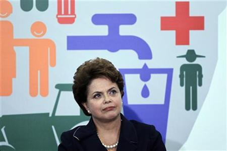 Brazil's President Dilma Rousseff gestures during the launch of the Brasil Sem Miseria (Brazil Without Poverty) scheme at the Planalto Palace in Brasilia, June 2, 2011, to lift millions out of extreme poverty by 2014. REUTERS/Ueslei Marcelino
