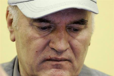 Former Bosnian Serb commander Ratko Mladic appears in court at the International Criminal Tribunal for the former Yugoslavia (ICTY) in the Hague, June 3, 2011. REUTERS/Martin Meissner/Pool