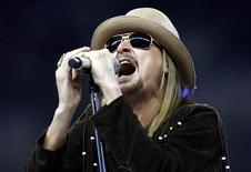 <p>Foto de archivo del cantante Kid Rock en un recital en Detroit. Nov 25, 2010. REUTERS/Rebecca Cook</p>