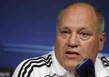 """<p>Тренер """"Аякса"""" Мартин Йол на пресс-конференции в Мадриде 14 сентября 2010 года. Новым главным тренером """"Фулхэма"""" стал Мартин Йол, сообщил во вторник лондонский клуб на своем сайте. REUTERS/Andrea Comas</p>"""