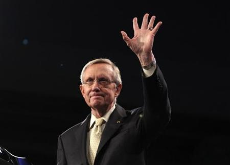 Senate Majority Leader Harry Reid (D-NV) gestures after speaking at the annual American Israel Public Affairs Committee (AIPAC) policy conference in Washington May 23, 2011. REUTERS/Jason Reed