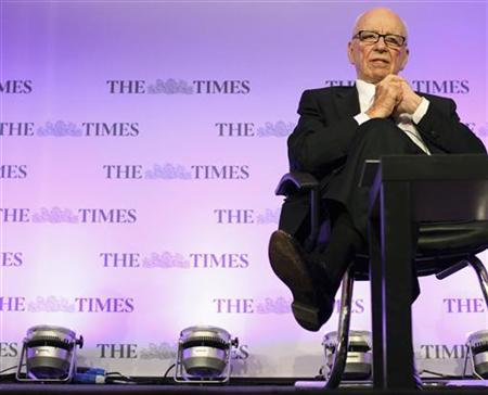News Corp Chief Executive Rupert Murdoch attends The Times CEO summit at the Savoy Hotel in London June 21, 2011. REUTERS/Ben Gurr/Pool