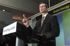 <p>Ontario Premier Dalton McGuinty speaks at a news conference in Toronto January 21, 2010. REUTERS/Mark Blinch</p>