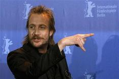 "<p>Actor Rhys Ifans poses for the media during a photocall to promote the movie ""Greenberg"" at the 60th Berlinale International Film Festival in Berlin February 14, 2010. The Berlinale film festival celebrates its 60th anniversary this year and runs until February 21. REUTERS/Tobias Schwarz</p>"