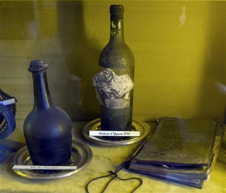 View of a 1880 Chateau Yquem bottle displayed at the Tour d'Argent restaurant in Paris October 20, 2009. REUTERS/Charles Platiau