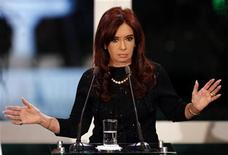 <p>Argentina's President Cristina Fernandez de Kirchner speaks during a ceremony at the Olivos Presidencial residence in Buenos Aires, in this June 25, 2011 file photo. REUTERS/Marcos Brindicci/Files</p>