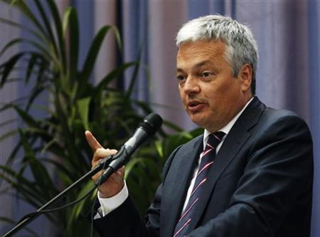 Belgium's Finance Minister Didier Reynders addresses a speech at the International Club of Flanders (ICF) in Ghent, northern Belgium, June 28, 2011. REUTERS/Yves Herman