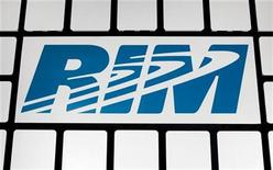<p>A RIM logo is seen at the Research in Motion headquarters in Waterloo, November 16, 2009. REUTERS/Mark Blinch</p>