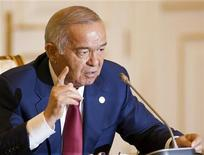 <p>Uzbek President Islam Karimov speaks at a news briefing after the Shanghai Cooperation Organisation (SCO) summit in Tashkent June 11, 2010. REUTERS/Shamil Zhumatov</p>