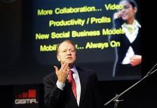 <p>Cisco Chairman and CEO John Chambers delivers a speech at the GSMA Mobile World Congress in Barcelona February 16, 2011. REUTERS/Gustau Nacarino</p>
