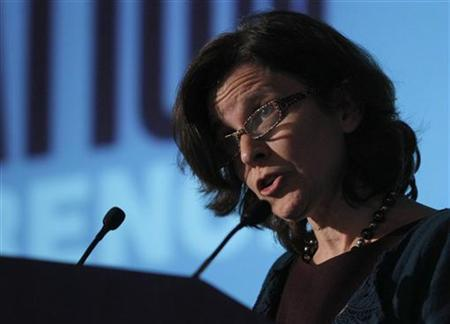 Federal Reserve Board Governor Sarah Bloom Raskin delivers a speech entitled ''Mortgage Servicing Issues'' before the National Consumer Law Center conference in Boston, Massachusetts November 12, 2010. REUTERS/Brian Snyder