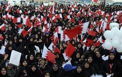 <p>نساء شيعيات يشاركن في مظاهرة مناهضة للحكومة في العاصمة االحرينية المنامة يوم الخميس. رويترز</p>